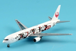 "Japan Air Lines B767-300ER ""Mickey 90 Years (1:400) by JC Wings"
