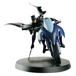 Batman & Batcycle (1:14) - DC Comics Super Hero Collection by Eagle Moss Item Number: EMDCCSPE01