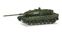 Leopard 2A7 Main Battle Tank - undecorated 1:87 high quality plastic by Herpa Military Vehicles Item Number HE746182