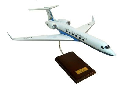 C-37A USAF (Gulfstream V) (1:48), Executive Series Display Models Item Number CC37T