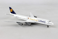 "Lufthansa 747-8 D-ABYK (1:500) ""Siegerflieger Paralympics Rio 2016"", Herpa 1:500 Scale Diecast Airliners Item Number HE530033"