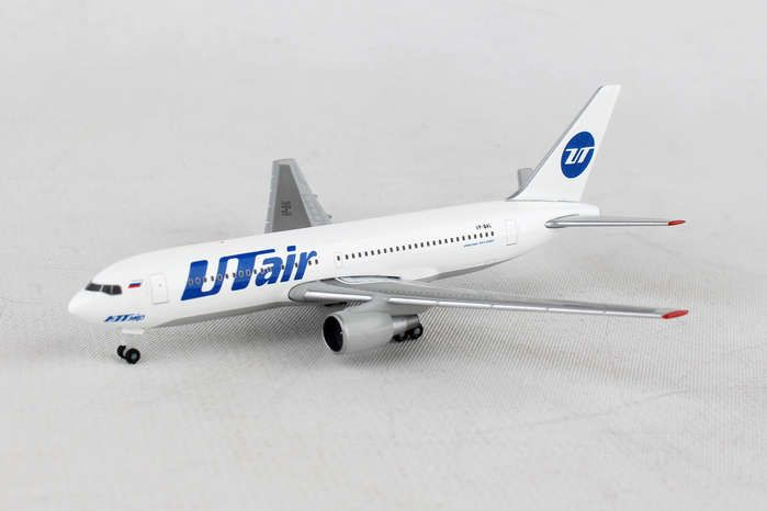 Utair 767-200 VP-BAL (1:500), Herpa 1:500 Scale Diecast Airliners Item Number HE530057