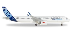Airbus A321neo D-AVXB (1:500), Herpa 1:500 Scale Diecast Airliners Item Number HE530620