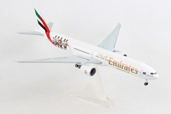 "Emirates Boeing 777-300ER ""Hamburger SV"" (1:200), Herpa 1:200 Scale Diecast Airliners Item Number HE559034"