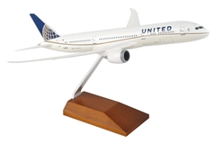 United 787-9 (1:200) With Wood Stand by SkyMarks Airliners Models item number: SKR5066